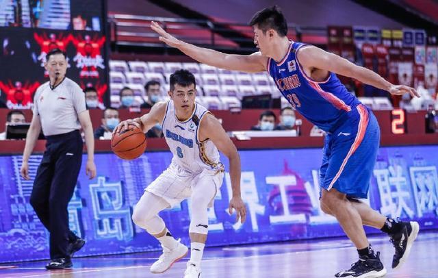 CBA复赛第二阶段赛事持续,北京首钢迎战四川队