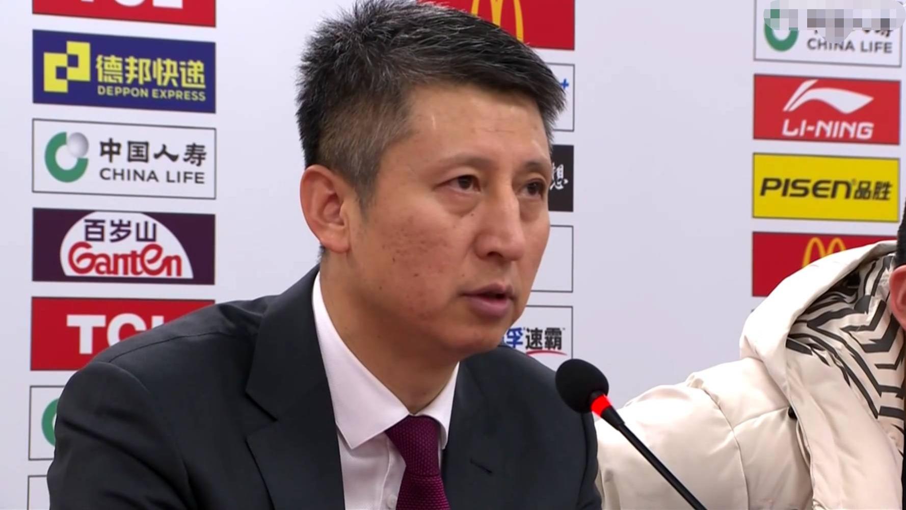 广州男篮再负于辽宁,郭士强表明:和辽宁竞赛别有一番滋味在心头