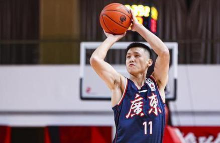 广东整个赛季的两分命中率达到了59.2%。也正是因为效率的保证