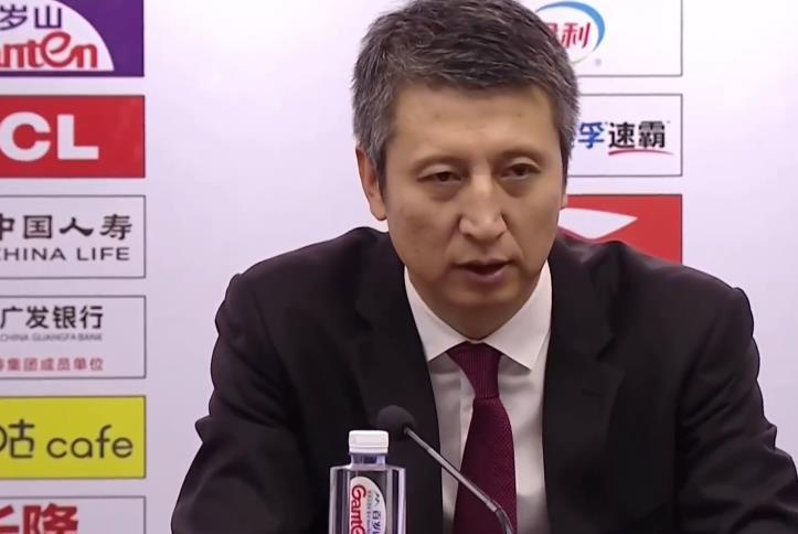 CBA排行:广州遭逆转排名下跌,谁注意郭士强发言?老叔不容易!