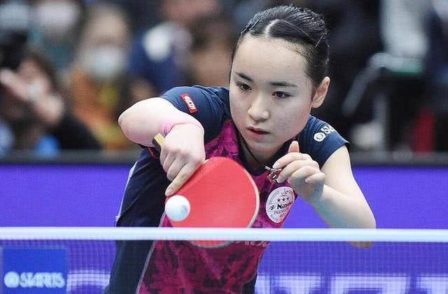 2020年国际乒联德国公开赛女单决赛,陈梦4-1拿下丁宁,不但获得女单冠军