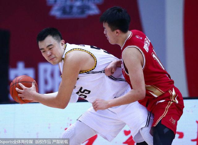 辽媒:对阵浙江辽篮需在防守端针锋相对 在进攻端保持耐心等对手软肋暴露