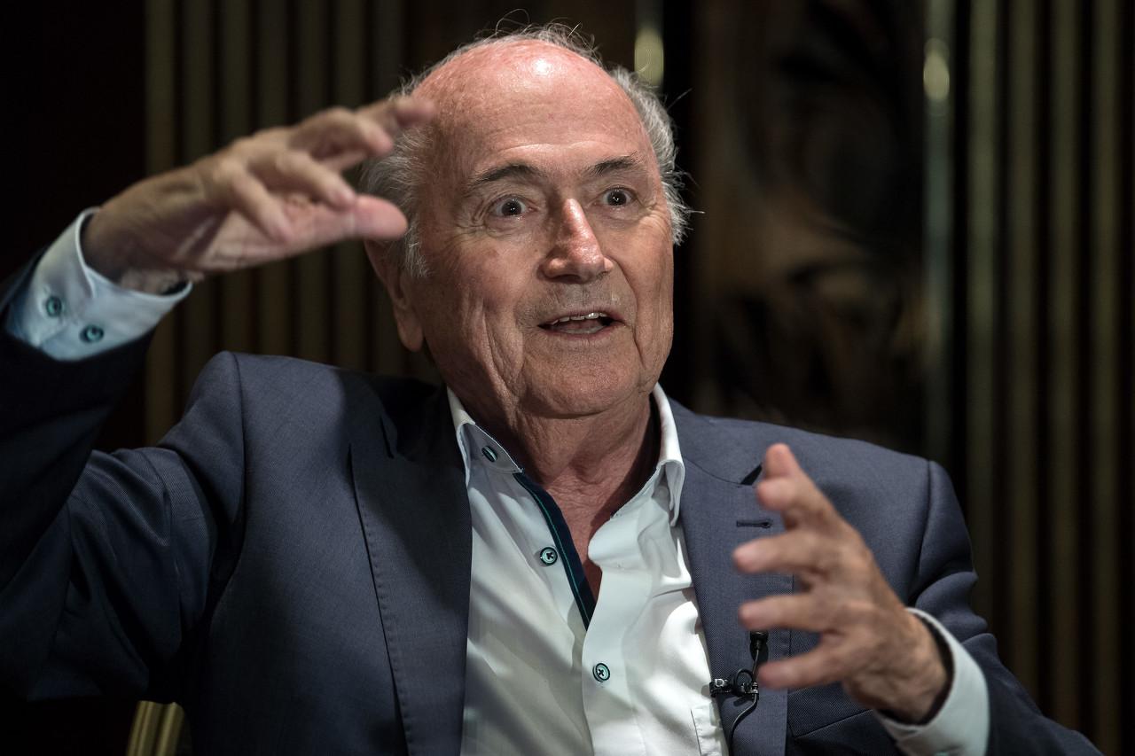 国际足联前主席布拉特打击了现任主席因凡蒂诺  