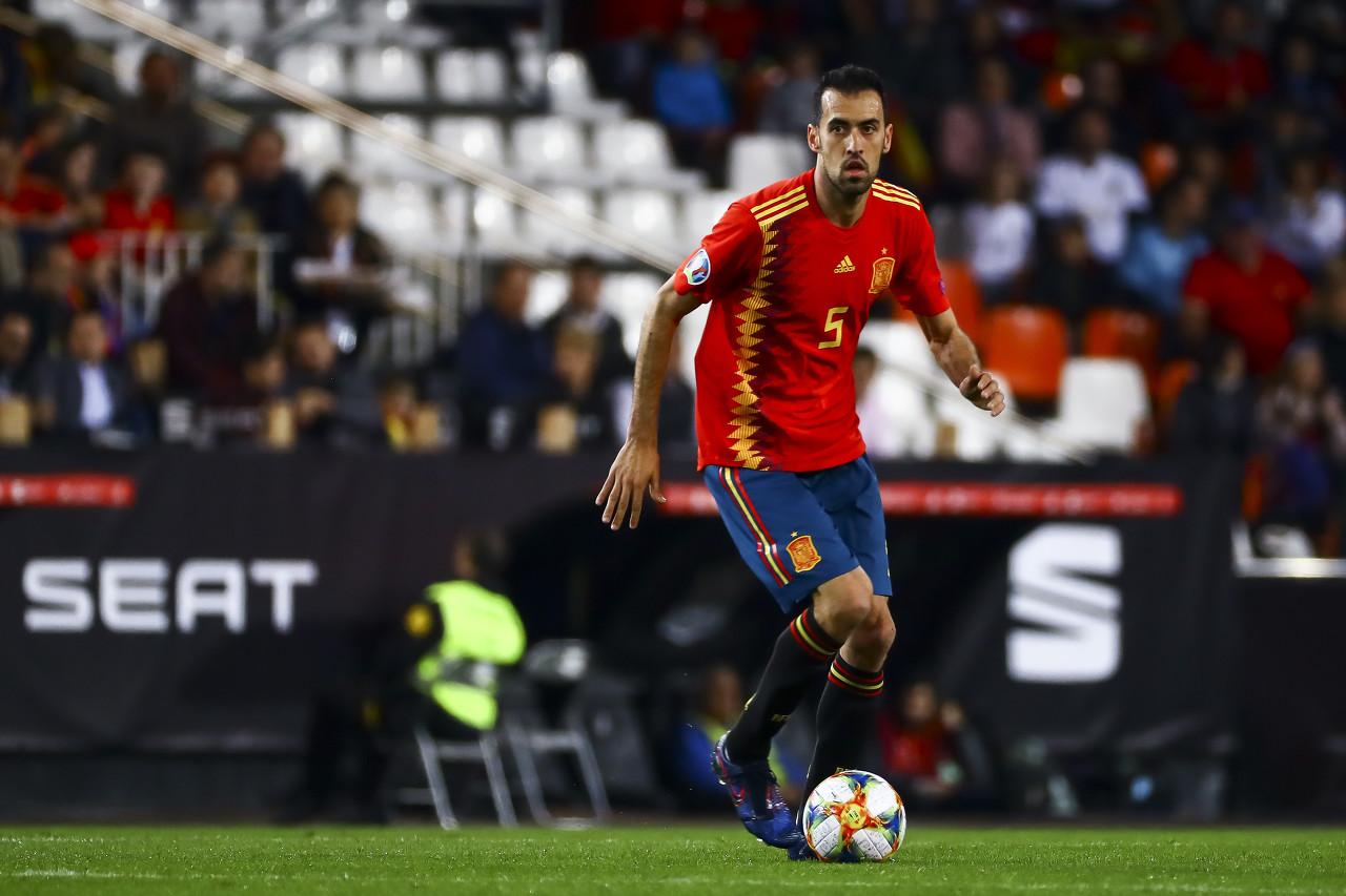 每体:布斯克茨或许左膝受伤,会留在西班牙队接受具体检查