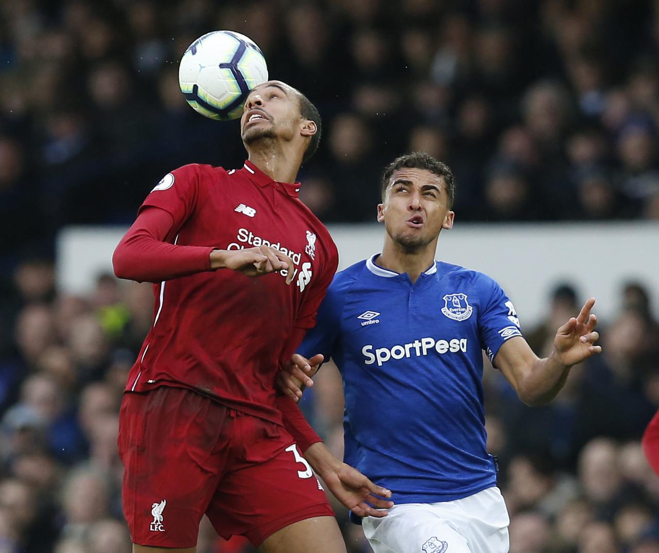 费迪南德:假设利物浦冬窗不引进中卫,或许很难去抢夺冠军