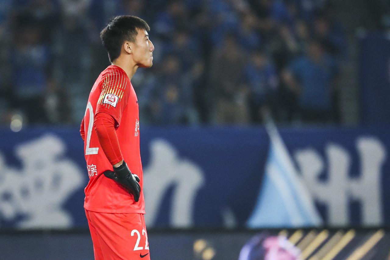 韩佳奇:对战青岛的比赛会很艰难 期望帮助球队尽早保级 