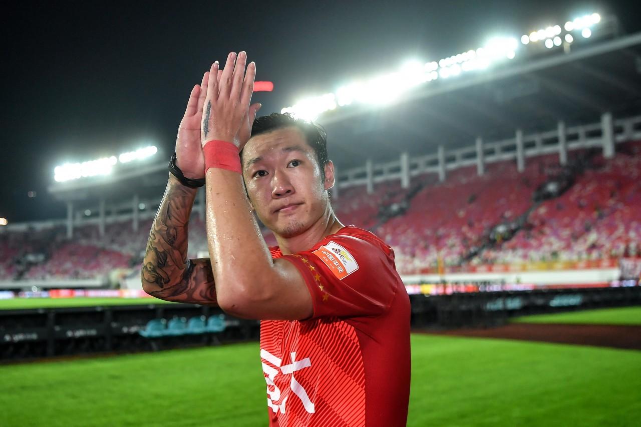 媒体人:徐新、吉翔现在都不会加盟申花 何龙海将在一线队报名