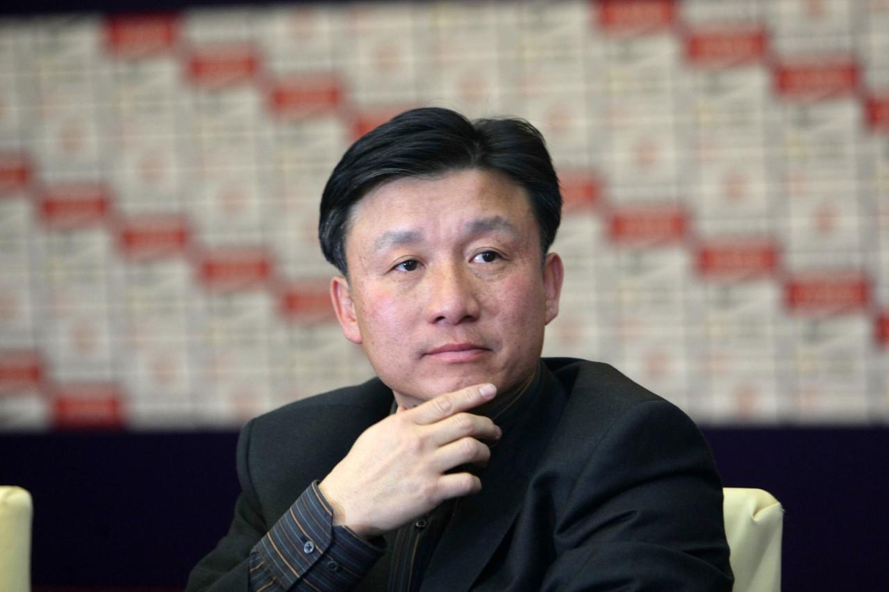 上港外租球员多达两位数,青训总监成耀东:年轻人有竞赛很重要 