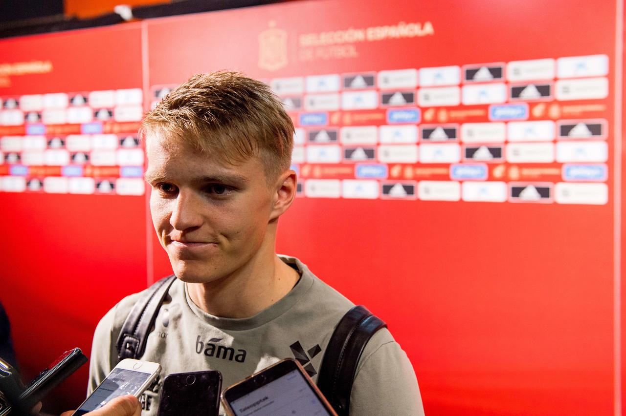 厄德高:很惋惜无缘欧洲杯正赛 塞尔维亚踢得比我们好
