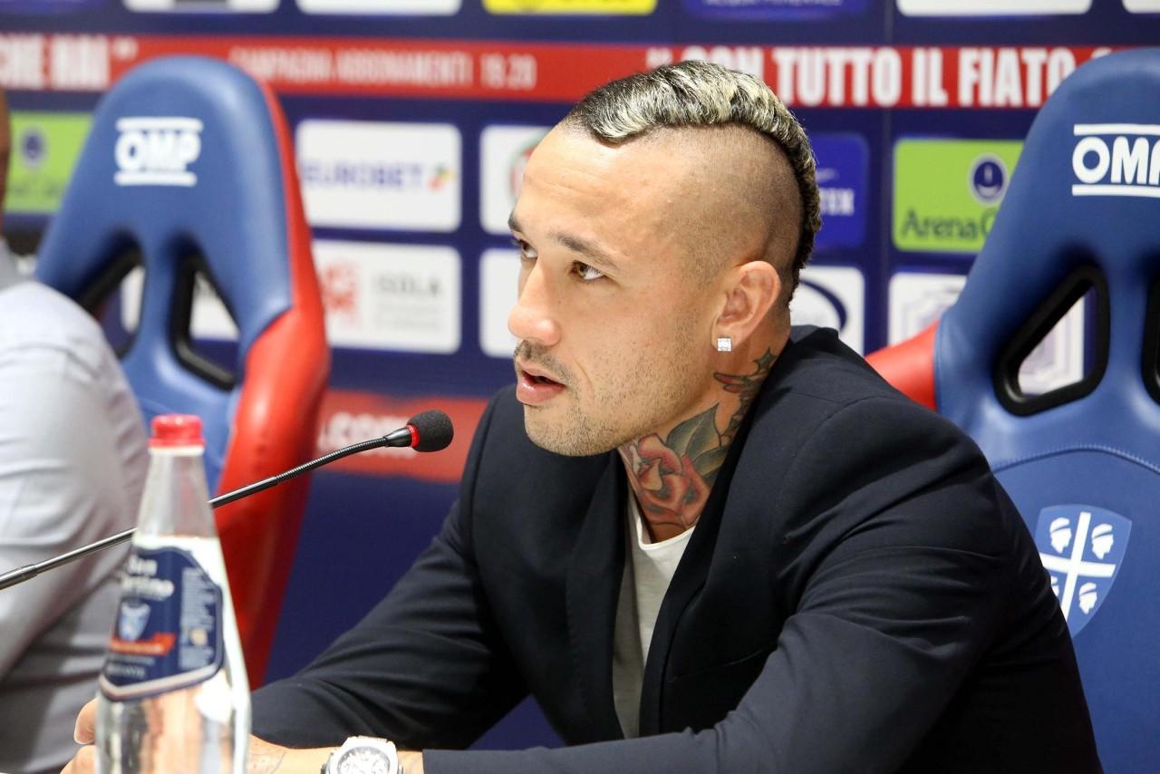 纳因戈兰:希望在卡利亚里找回踢球的高兴 可能明夏我还会在这里