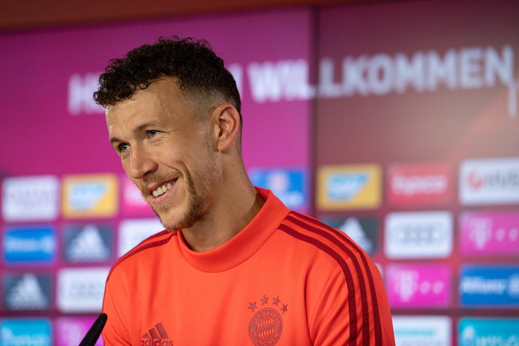 记者:半决赛前终究一次练习,佩里西奇进入拜仁首发
