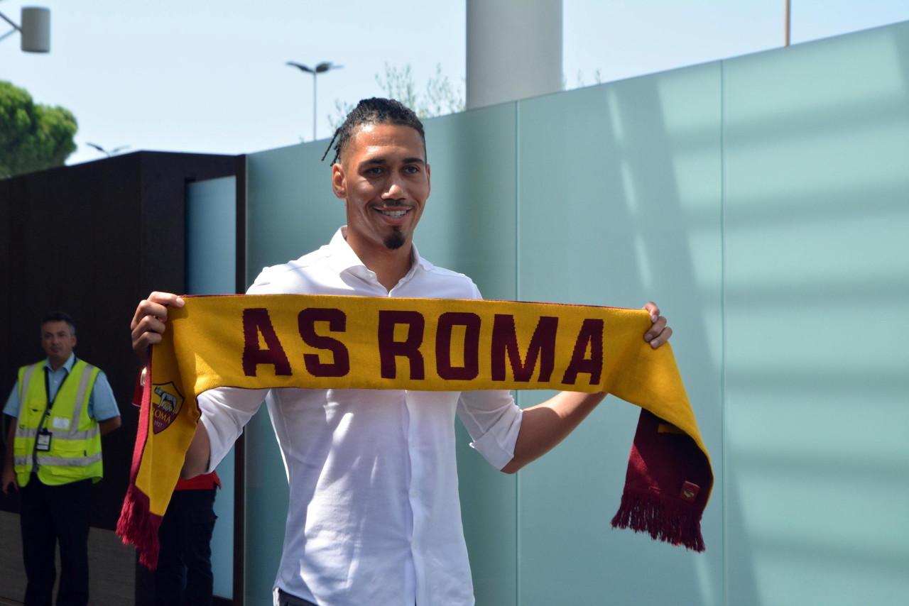 迪马济奥:曼联以为罗马报价太低,斯莫林永久转会仍未达协议   