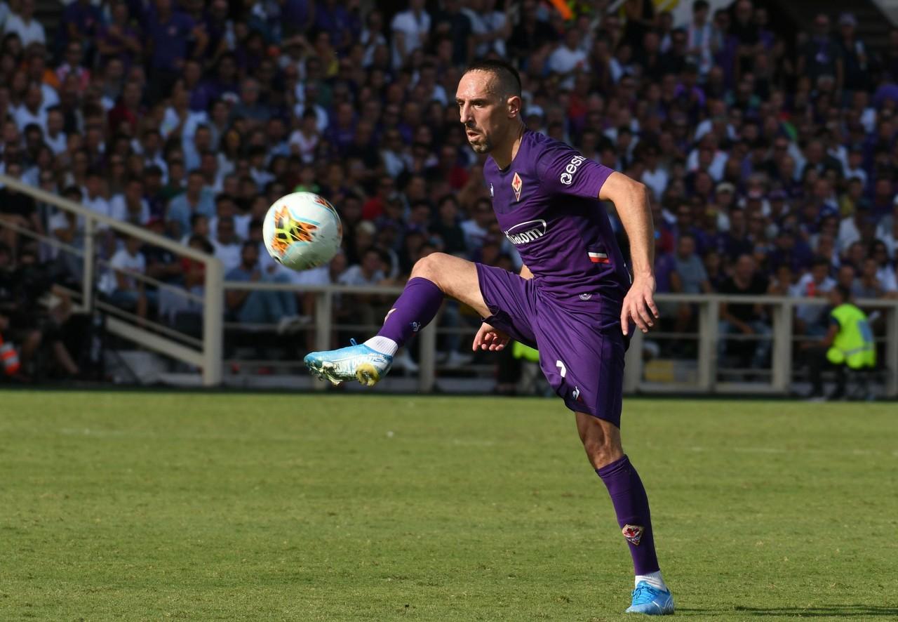 佛罗伦萨下周末才重新集结备战新赛季,但里贝里已提早回到城市