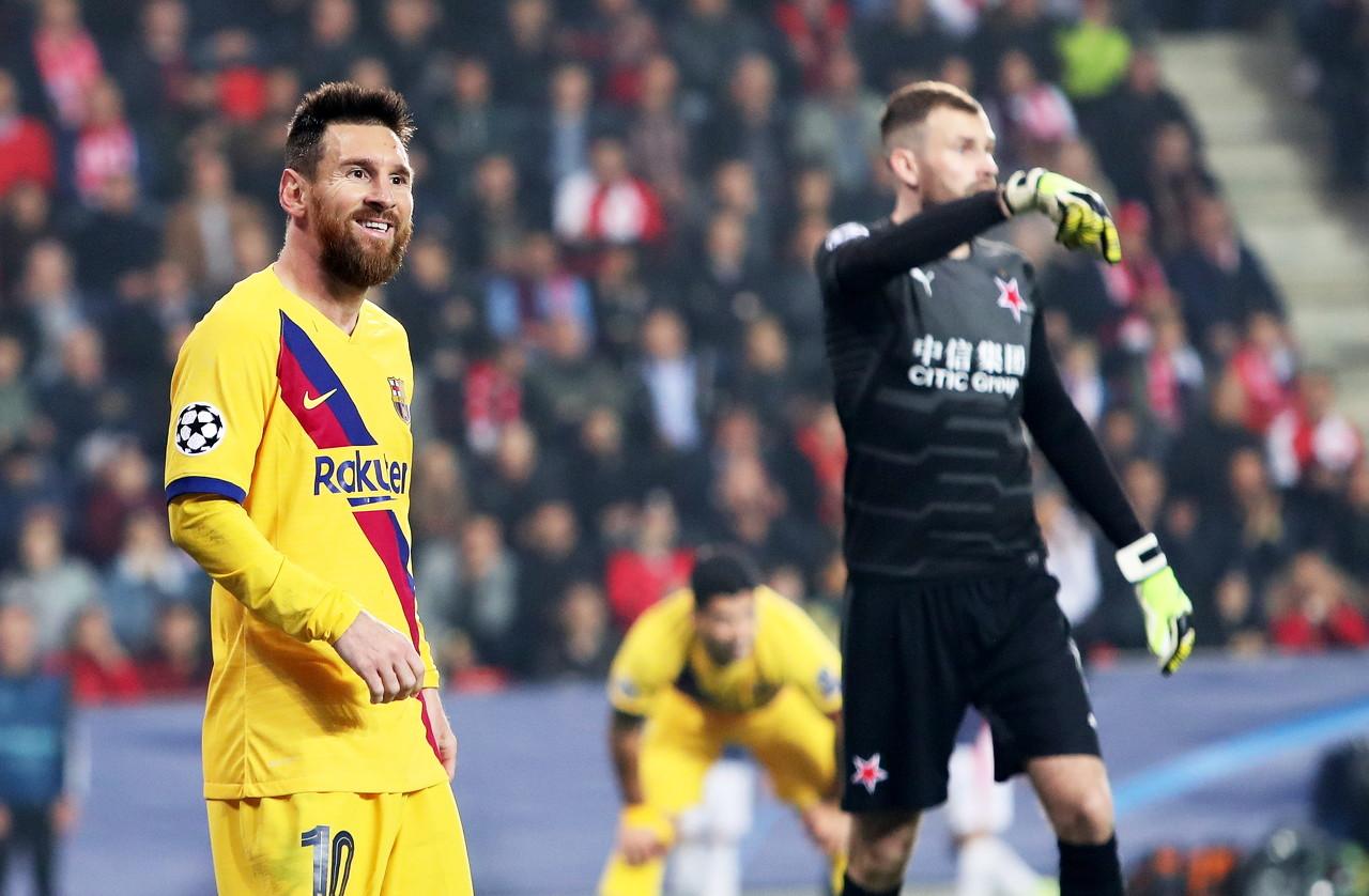 记者:巴黎全队为梅西或许加盟而振奋,许多球员都对此高度重视