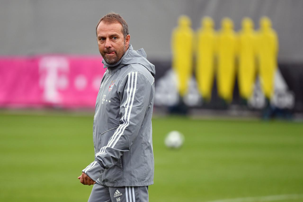 图片报:拜仁侧重演练防卫哈兰德 弗里克在操练中亲自上阵