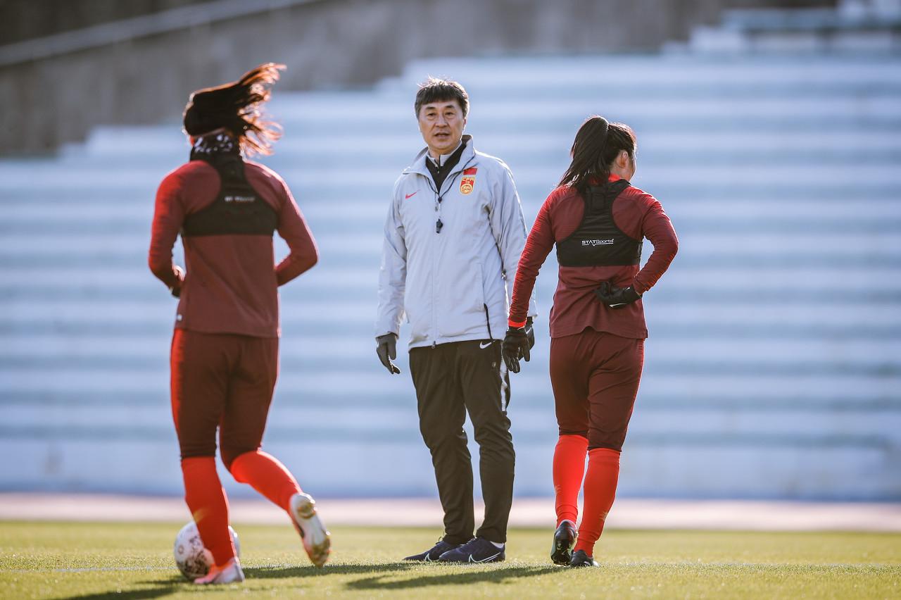 津媒:女足奥预赛或许再次延期 中国女足暂无集训计划