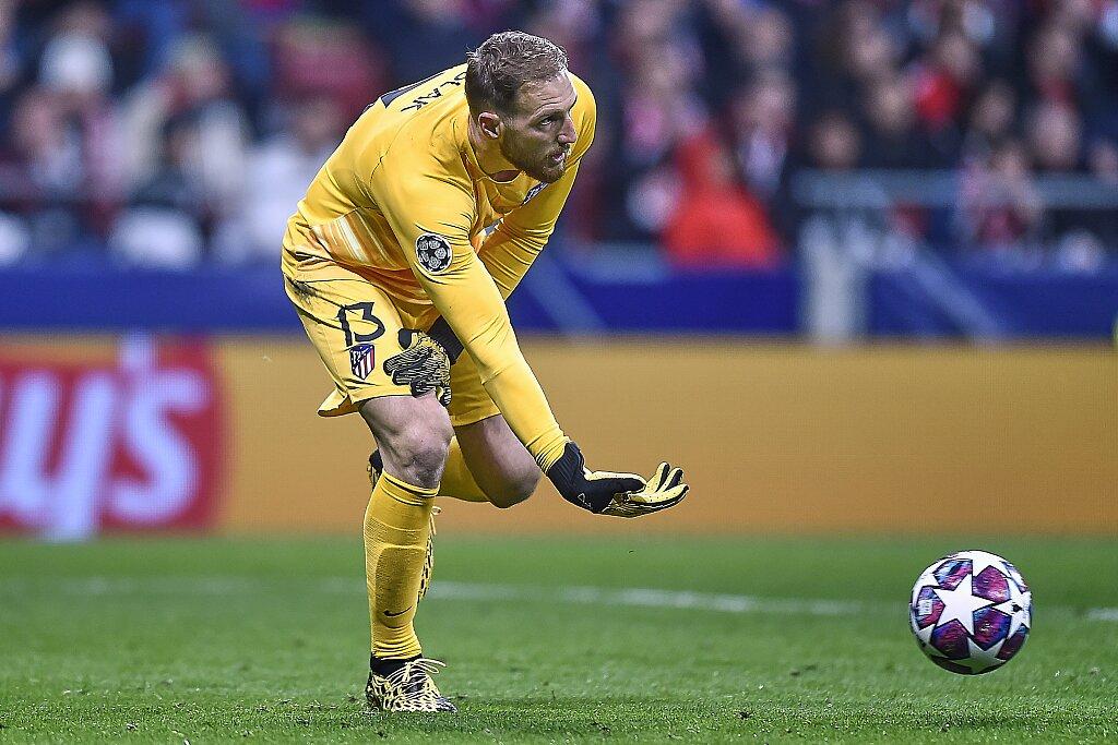 马竞自2014年9月以来初次在欧冠比赛中上半场丢两球