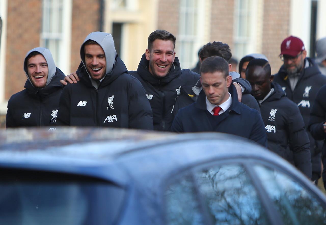 邮报:利物浦已回基地开始练习,其他各队周二或周三复训