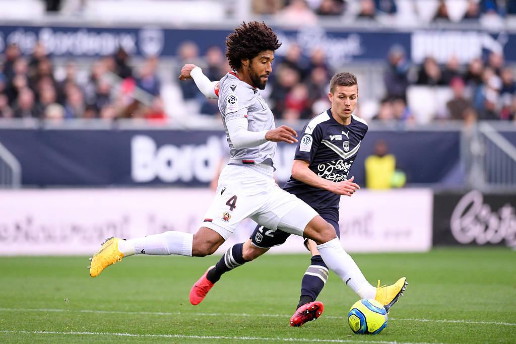 尼斯与遭受重伤的队长丹特续约至2022年