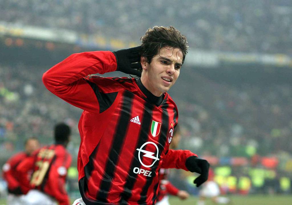 索纳主席:咱们想签卢西奥是假消息,我是米兰球迷或许考虑卡卡
