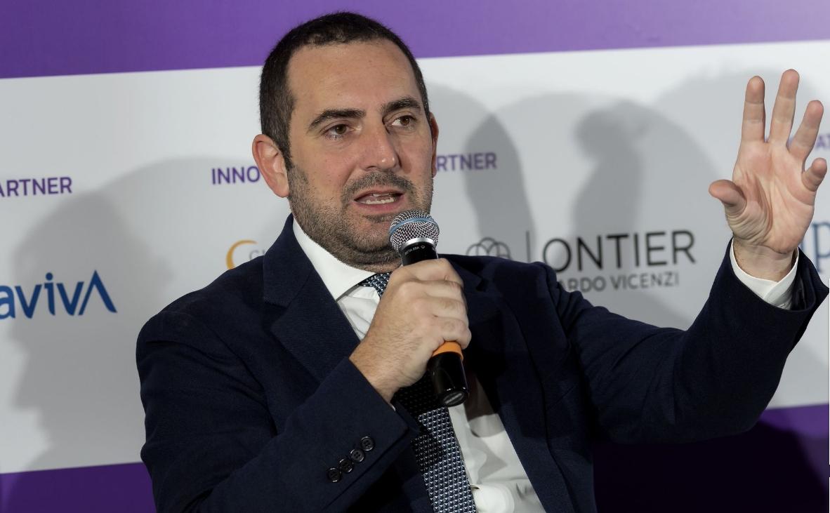 意大利体育部长:我认为本赛季很难看到球场从头敞开