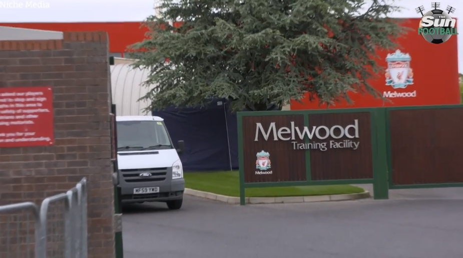 利物浦回声报:梅尔伍德练习基地现已成为新冠疫苗接种中心