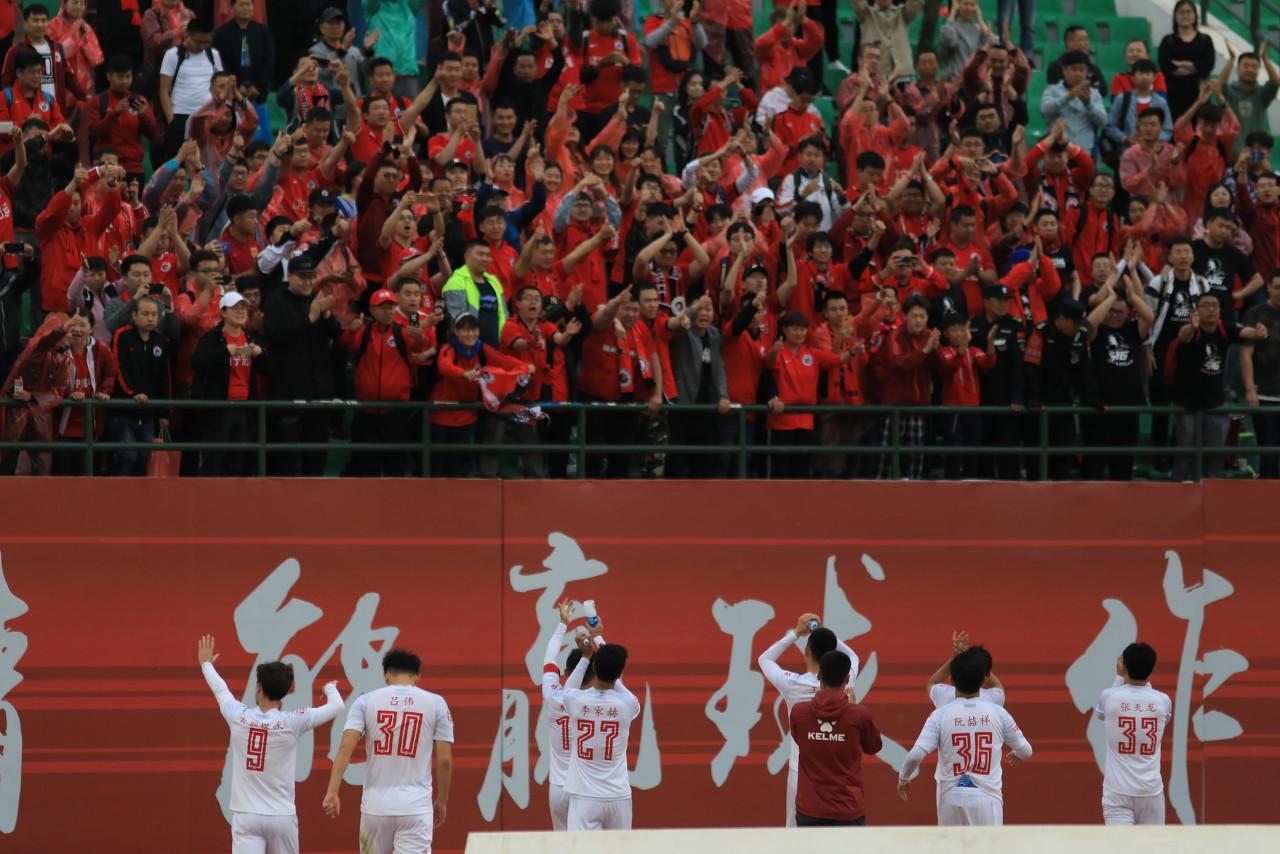 新京报:前辽足球员正通过法令途径讨要欠薪,此案有望近期开庭