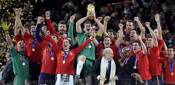拉莫斯谈西班牙南非世界杯夺冠:队中皇马与巴萨球员的联合是关键   