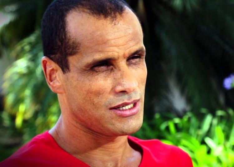 里瓦尔多:若巴萨能签下拉莫斯会是好事,但我以为这不会产生 
