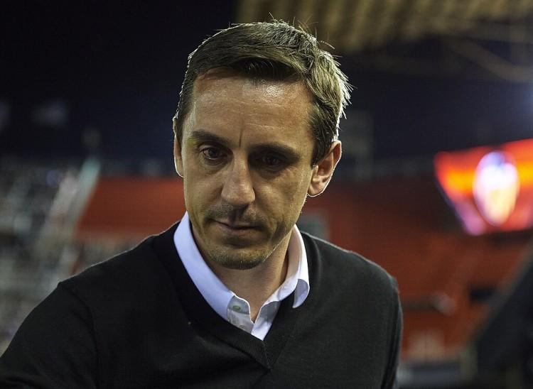 内维尔:马奎尔在希腊的遭遇让球队更联合 频频更换首发门将欠好
