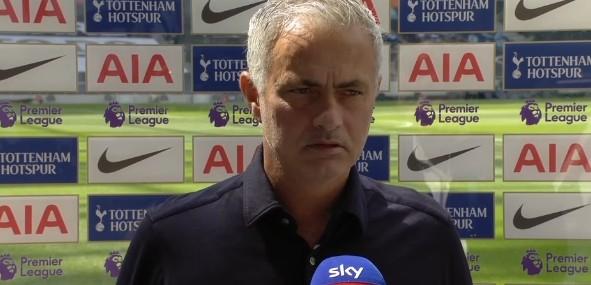 穆里尼奥:有必要表彰对手而非分析自己职责,球队比上赛季体现更好