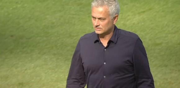 穆帅率热刺点球筛选切尔西,此前执教切尔西时5次点球大战全败