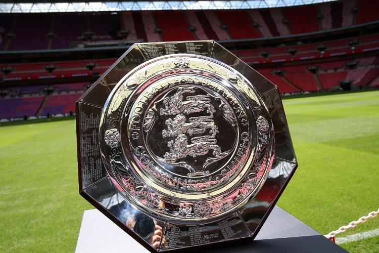 邮报:为时尚早,英足总放弃向球迷敞开社区盾杯的方案