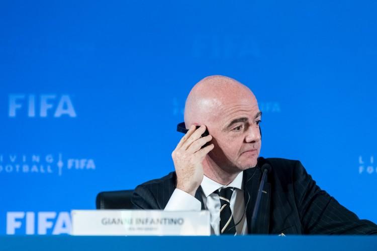 共和报:FIFA想为各国联赛引进季后赛赛制,以增加观赏性