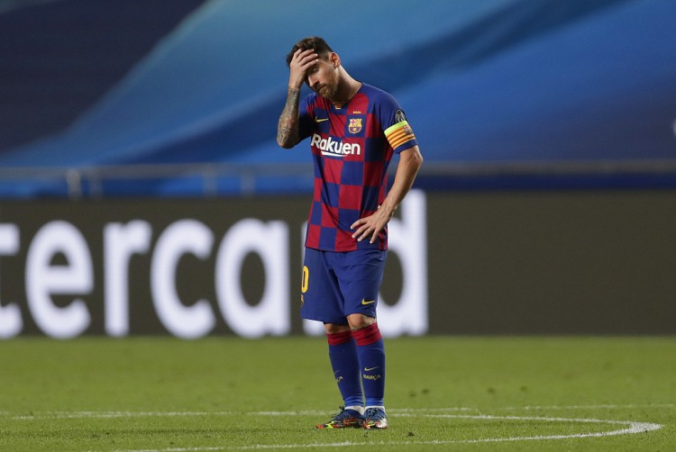 记者:虽然梅西连续缺席练习,但巴萨不会因此而处分他