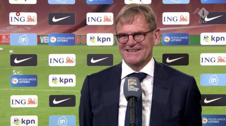 荷兰代理主帅:满足球队的体现 科曼给我发了恭喜短信