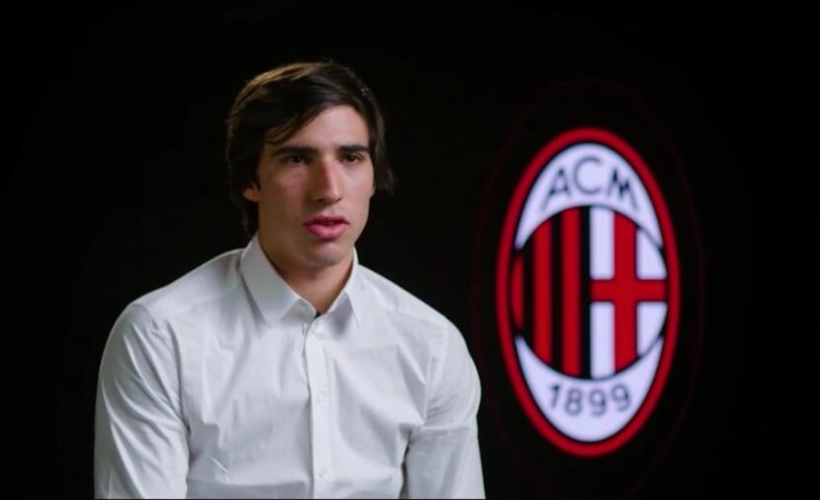 经纪人:托纳利从小就支撑米兰,他5年内会在球队扮演更重要人物