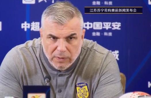 奥拉罗尤:定位球是重庆的优势 要经过团队协作弥补特谢拉的缺阵