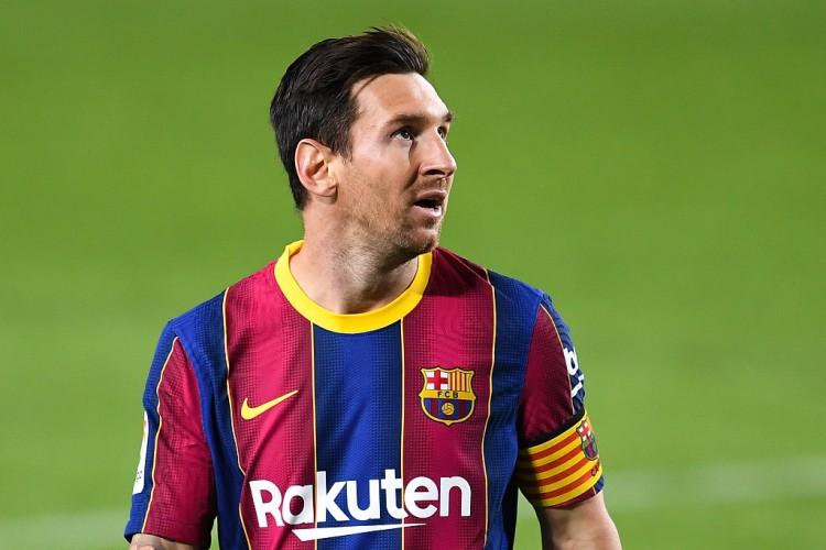 韦斯卡主帅:梅西是国际最佳球员,咱们只能尽量防卫 