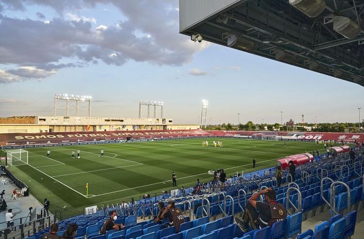 世体:欧足联同意皇马在迪斯蒂法诺球场踢欧冠