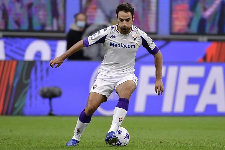 这位前米兰球员在佛罗伦萨3-0打败斯佩齐亚的竞赛中受伤被换下  