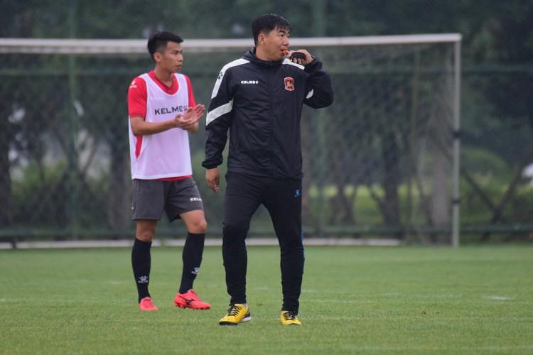姑苏东吴俱乐部官宣免除主教练刘俊威的帅位  