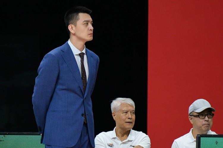 杨鸣:虽然竞赛取胜但不满意大家拼劲 吴昌泽情绪很优异