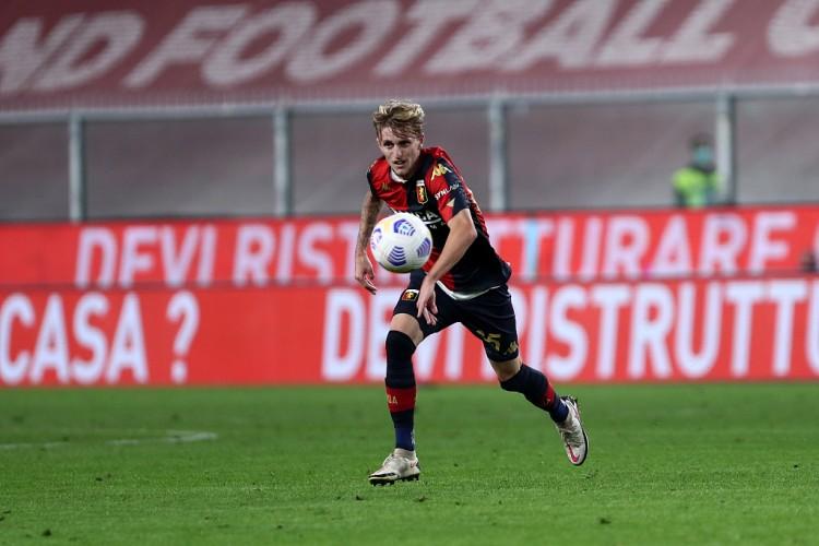 意媒:尤文靠近签下19岁小将罗维拉,转会费估量900万欧加1球员