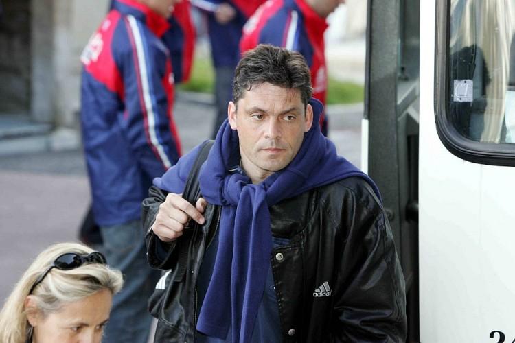 前法国国家队门将、守门员教练布鲁诺-马蒂尼因心脏骤停逝世  