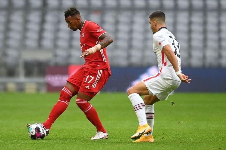 德国《体育图片报》披露拜仁预备放博阿滕赛季完毕后自由归队