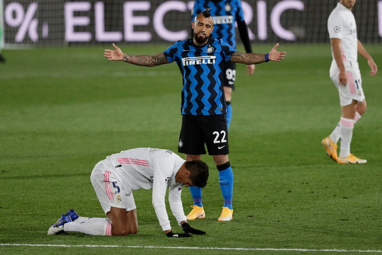 米体:伤还没好,比达尔很可能会持续缺阵周末与卡利亚里的联赛