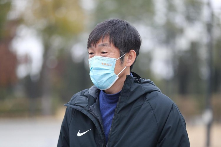 高洪波:中国足球的复兴托付大连了 青训教练不要批评指责小朋友