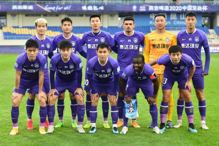 许多天津球迷以为津门虎代表天津人精气神,望球队多争荣誉   