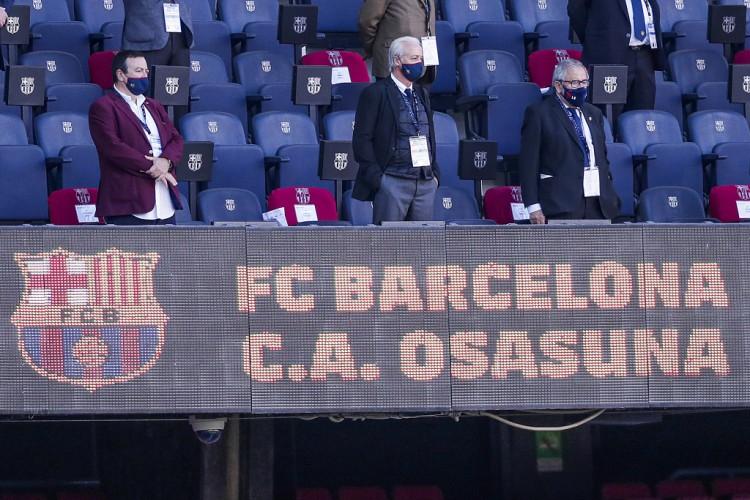 西媒:巴萨仍拖欠球员上一年12月的薪酬,沙龙许诺2月发薪